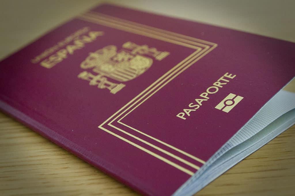 requisitos para pasaporte de españa en bolivia