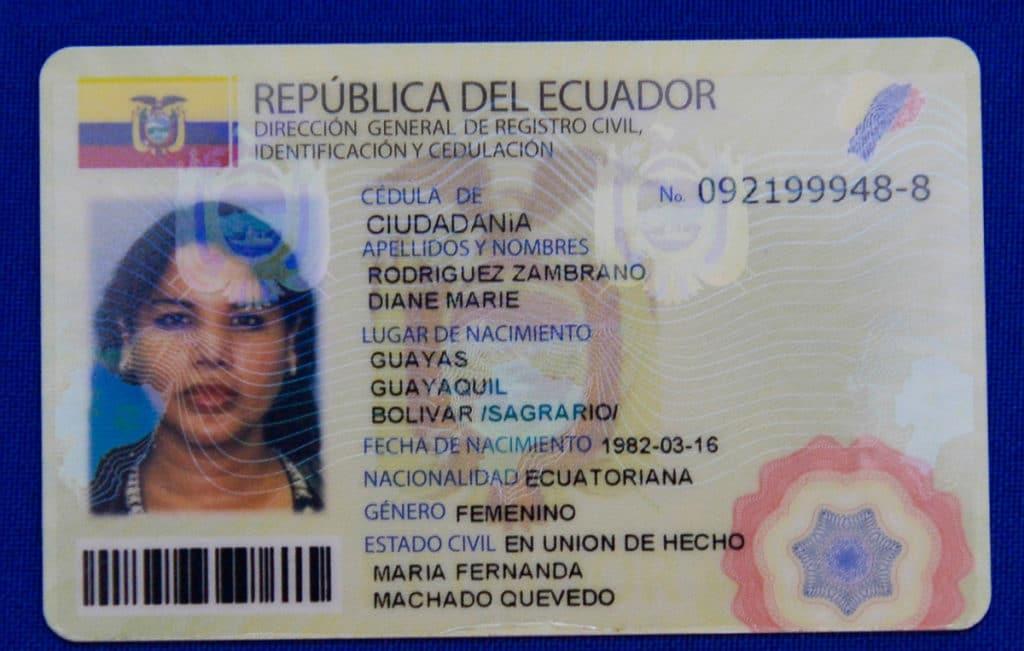 requisitos para la nacionalidad ecuatoriana en españa