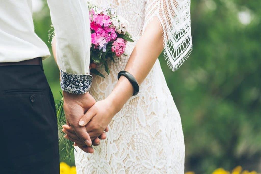 requisitos para nacionalidad ecuatoriana por matrimonio en colombia