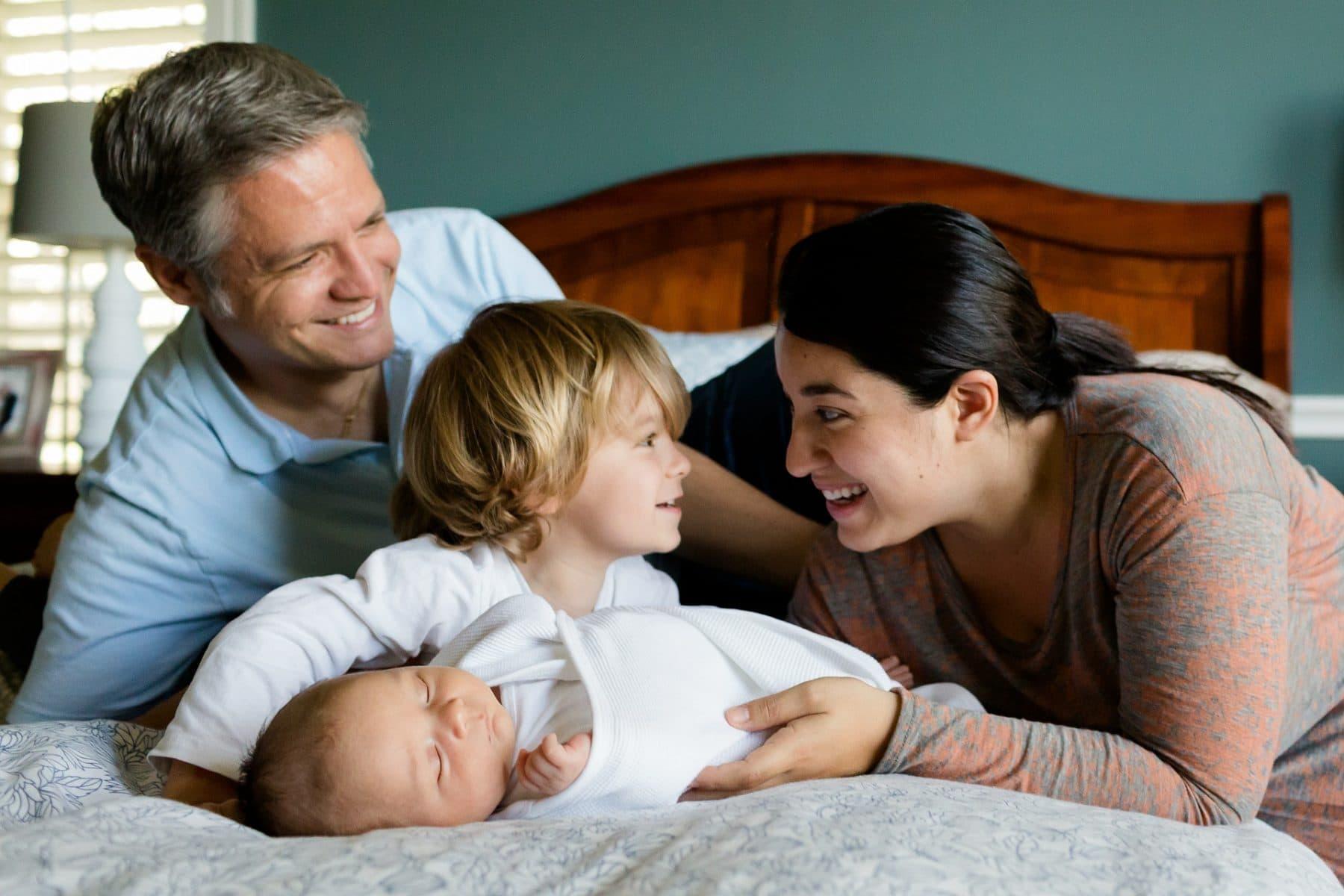 requisitos ayuda familiar 1