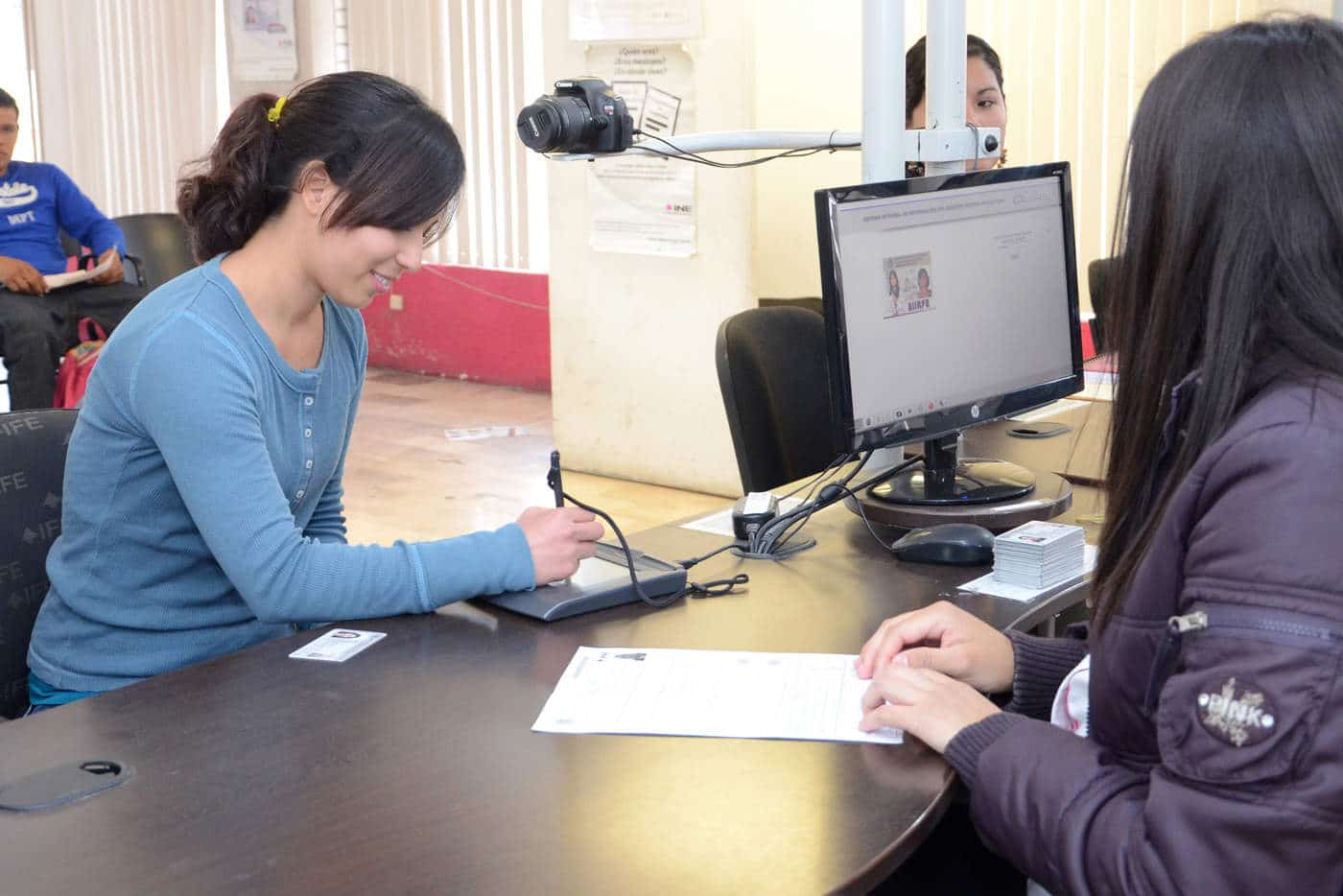 Certificado de nacimiento plurilingüe