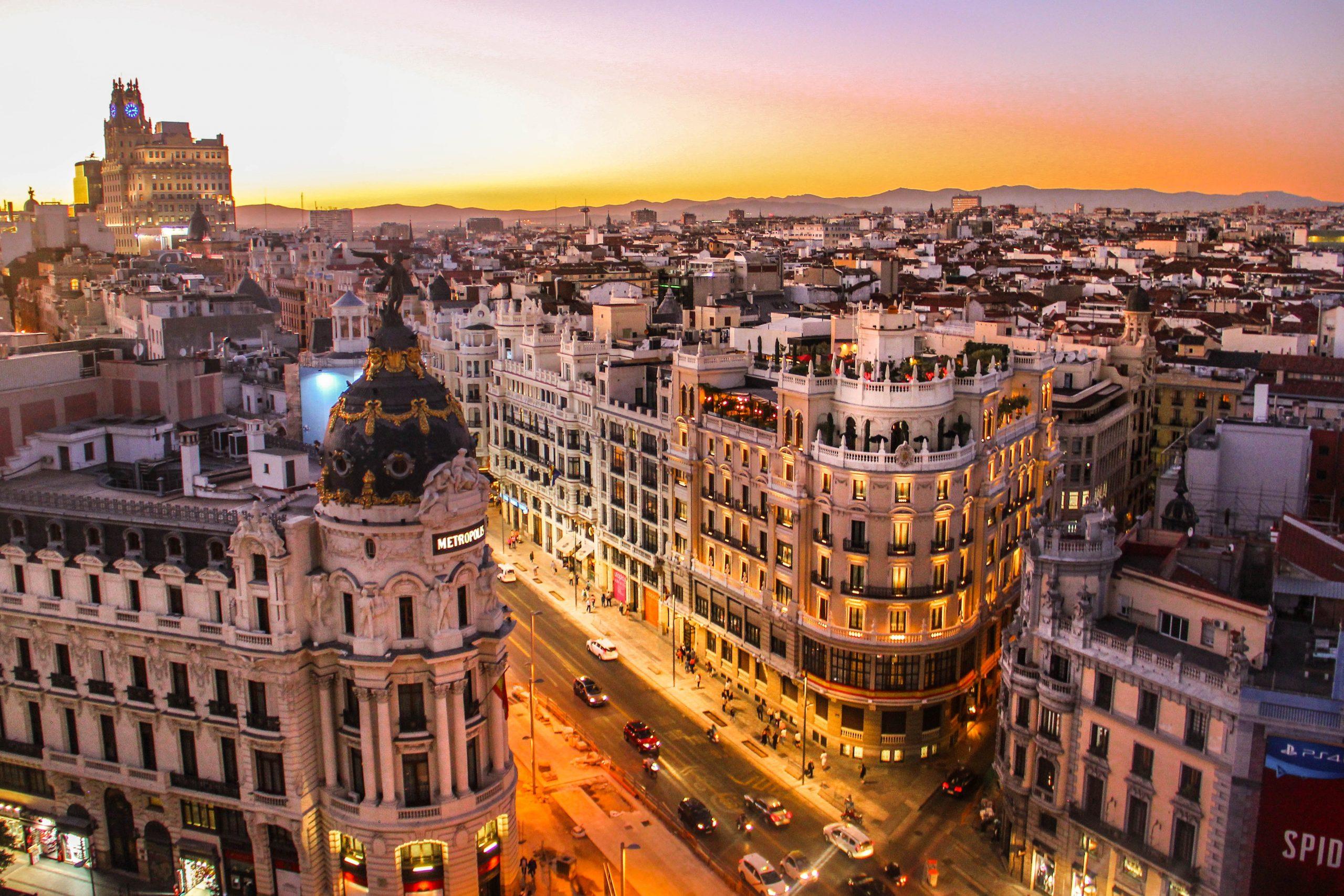 como pedir empoderamiento por internet en España